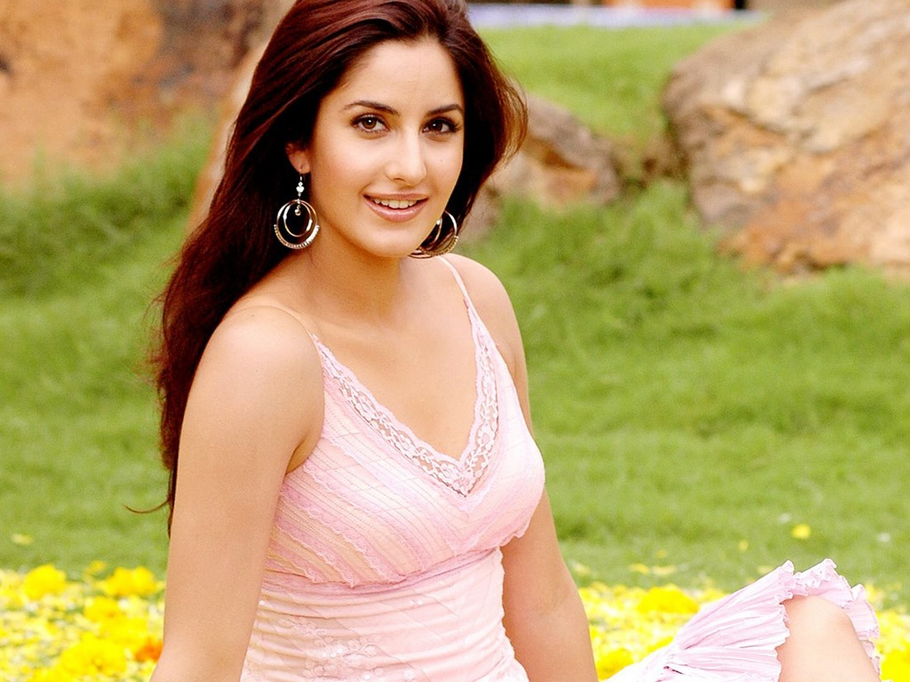 katrina kaif gorgeous beautiful wallpapers in jpg format for free