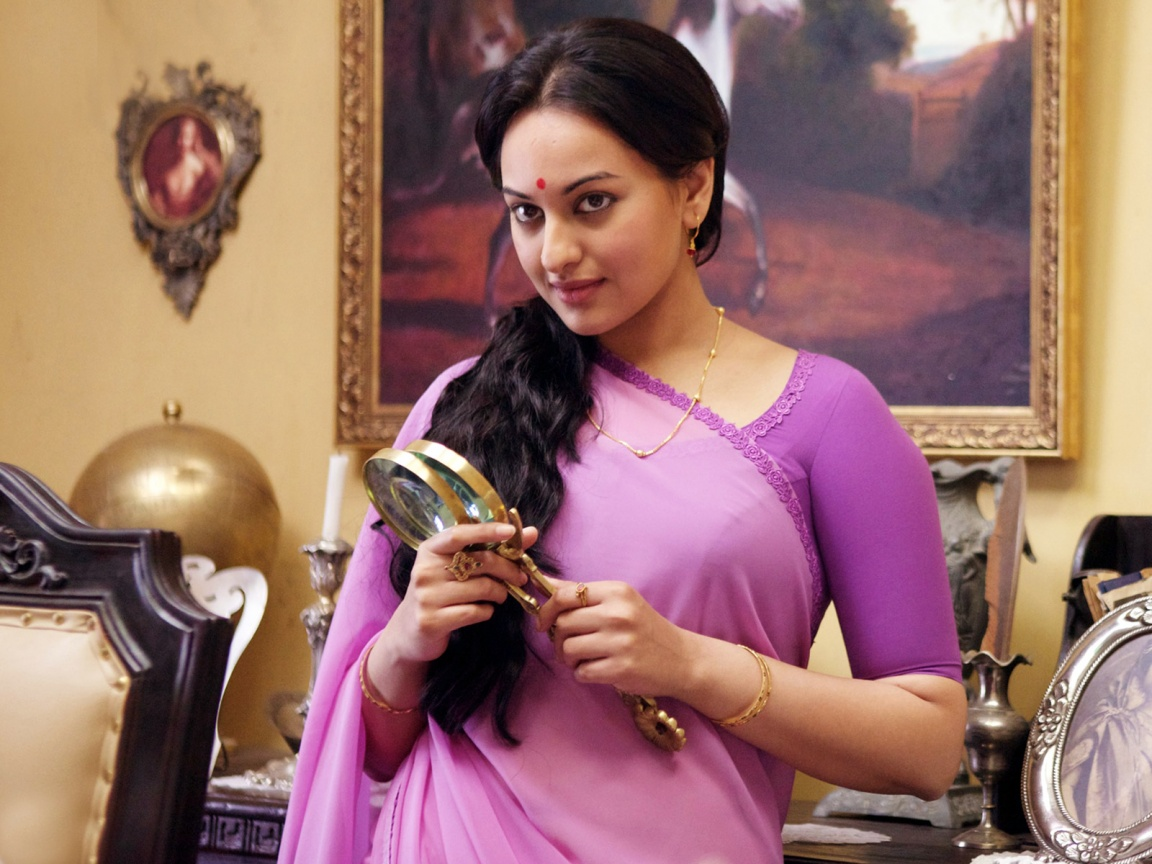 Sonakshi Sinha In Lootera Wallpapers In Jpg Format For Free Download