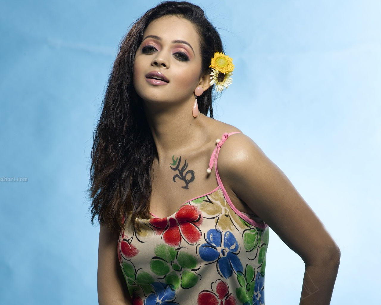 Bhavana Tamil Girl Wallpapers In Jpg Format For Free Download