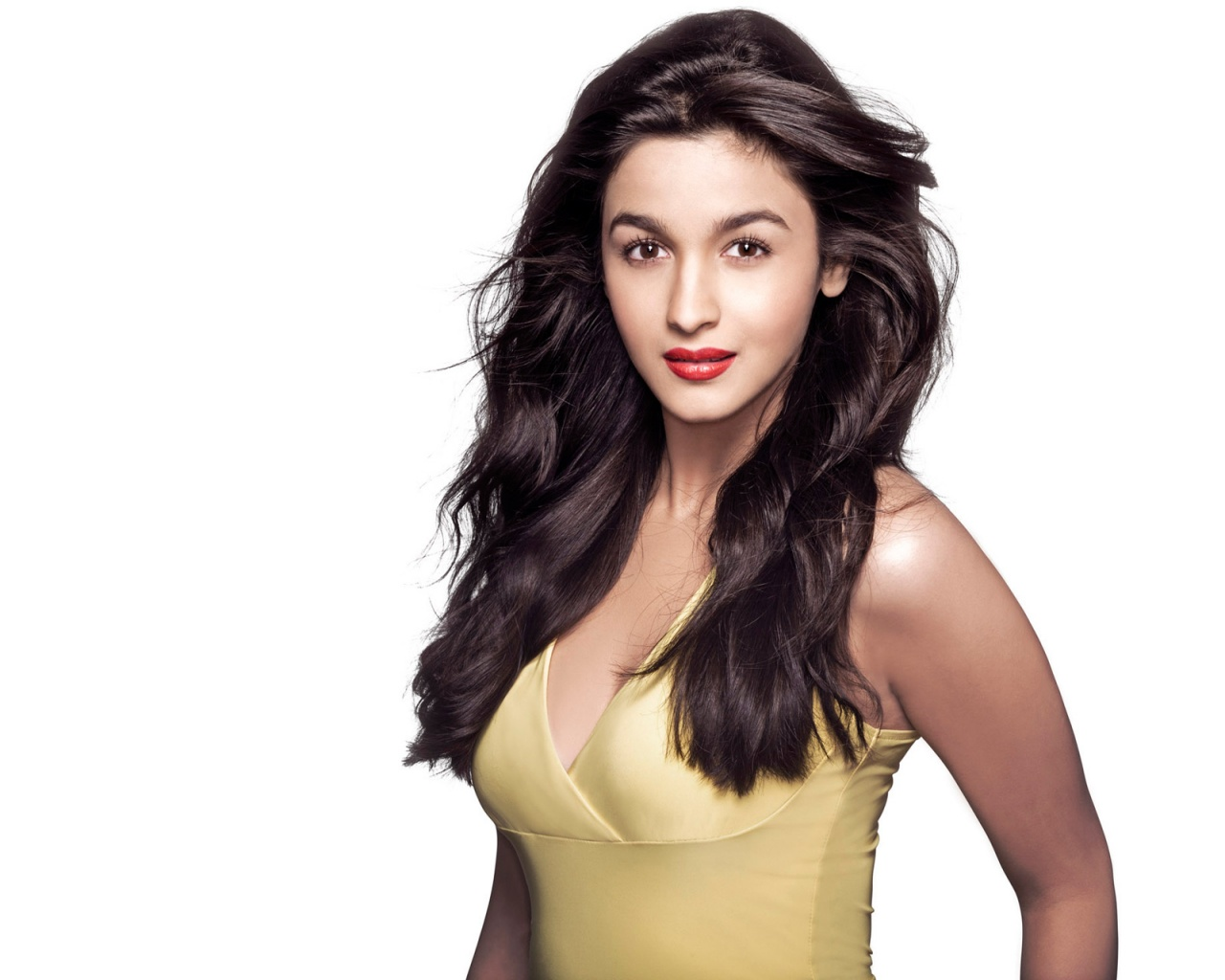 bollywood actress alia bhatt wallpapers in jpg format for free download