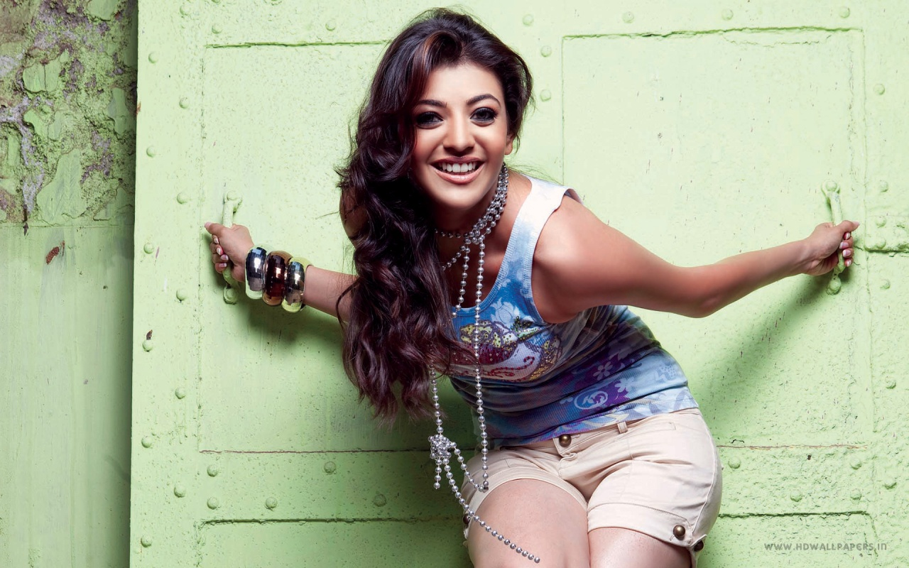 kajal agarwal south indian actress wallpapers in jpg format for free