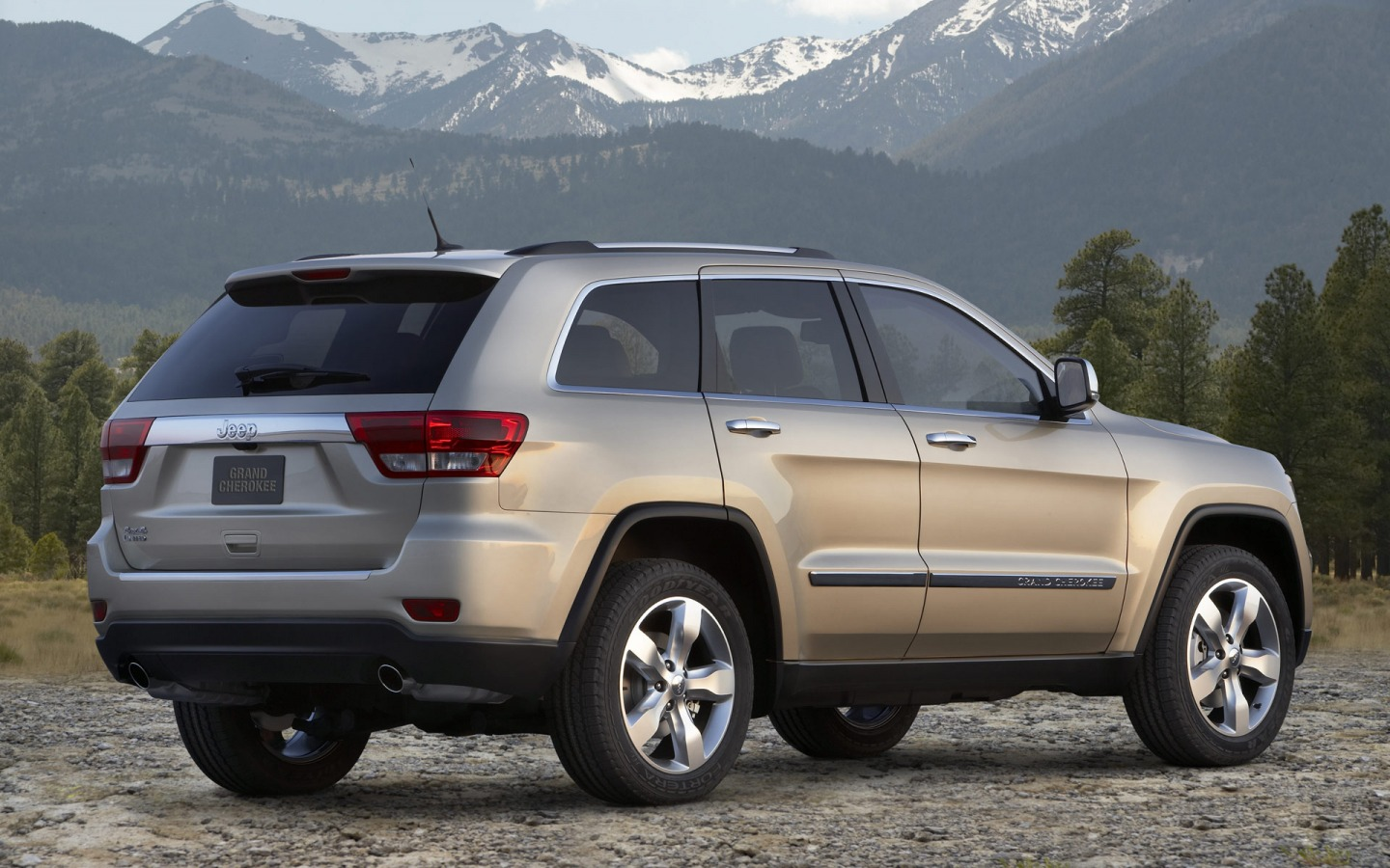 jeep grand cherokee wallpaper jeep cars wallpapers