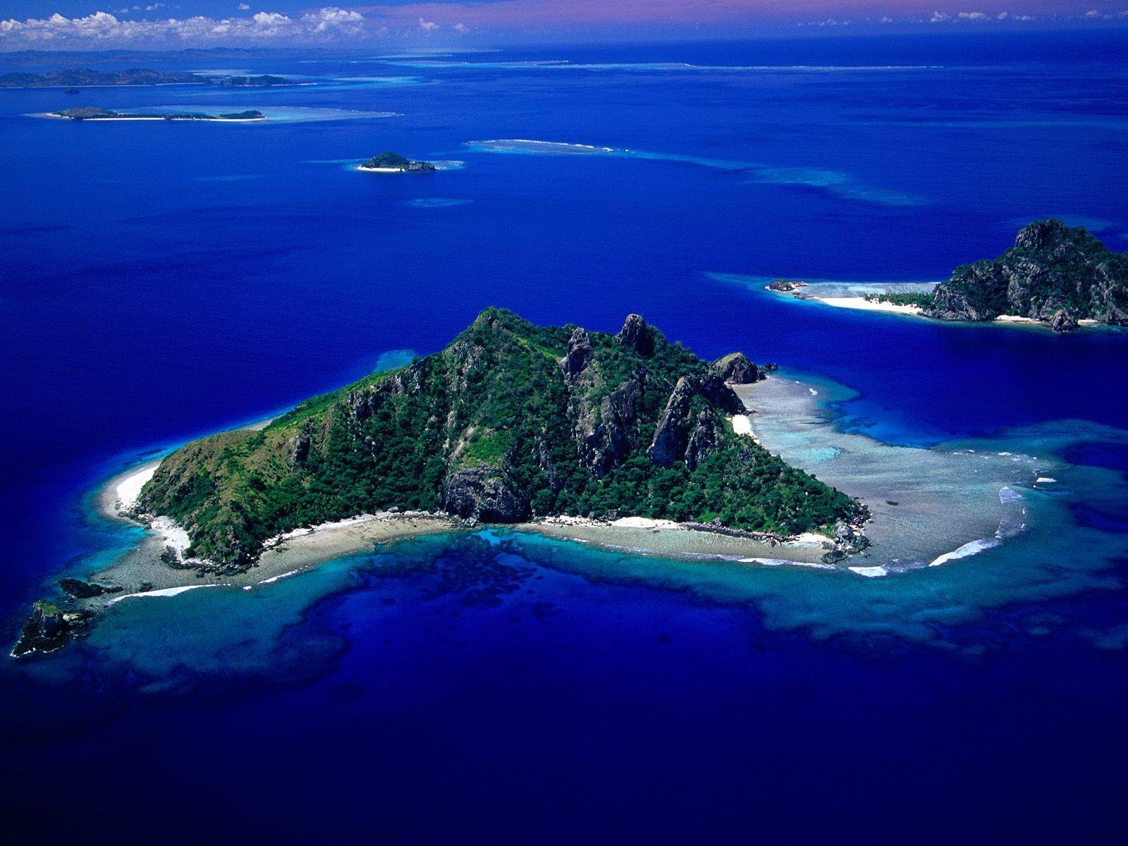 Top Wallpaper Name Vishal - aerial_view_of_monu_island_wallpaper_fiji_islands_world_1948  Pictures_45618.jpg