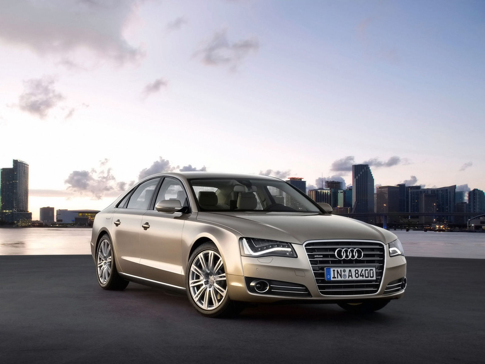 Group Of Audi A8 1600x1200 Wallpaper