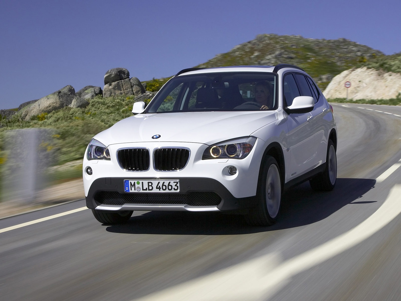 Wallpaper download of cars - Bmw X1 Wallpaper Bmw Cars Wallpapers