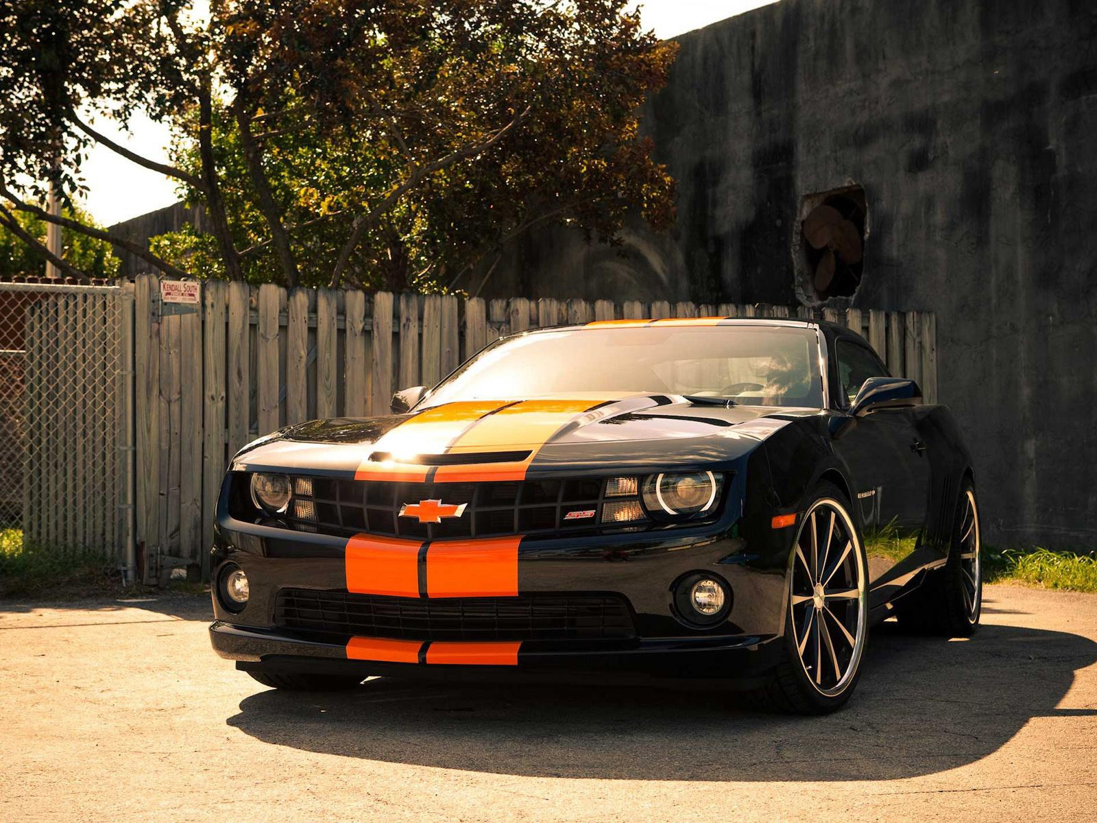 Chevrolet Camaro SS Car Wallpapers in jpg format for free