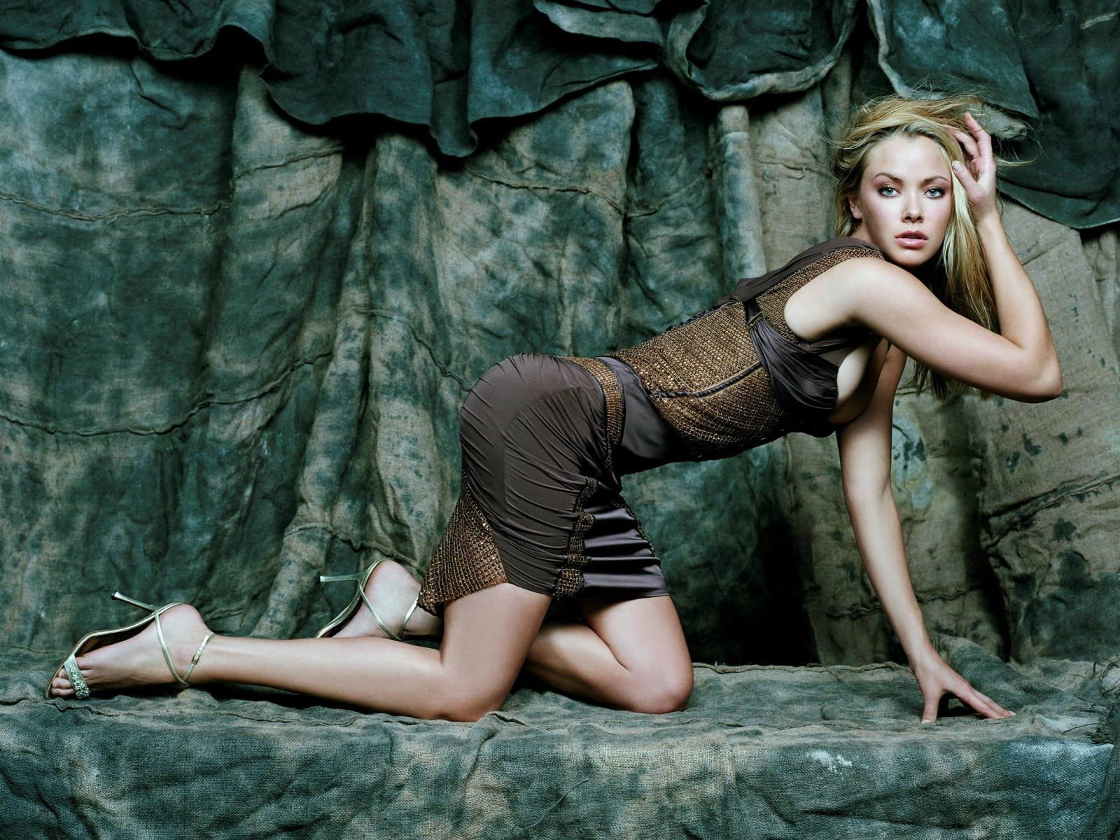 Hot wallpaper wallpapers for free download about 3074 wallpapers kristanna loken hot wallpaper kristanna loken female celebrities voltagebd Image collections