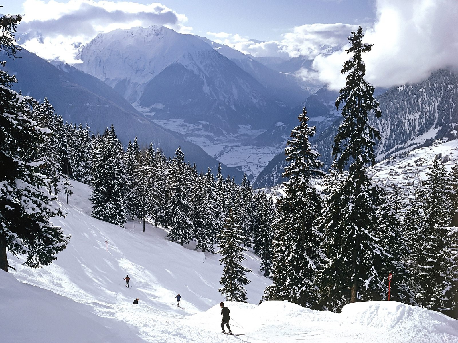 skiing wallpaper ski sports wallpapers in jpg format for free download