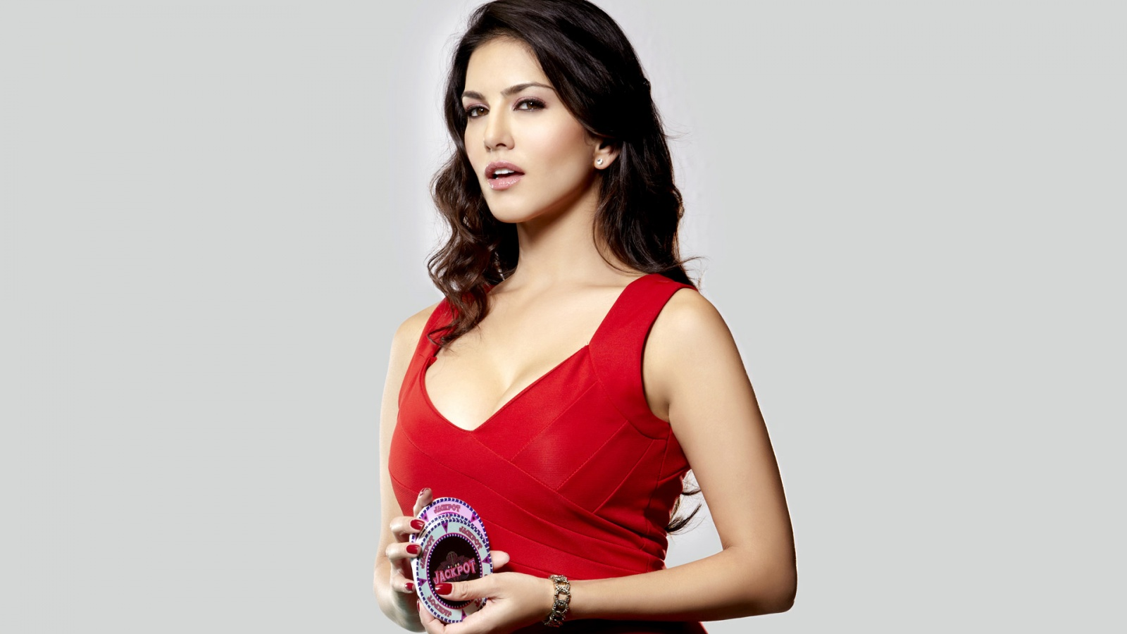 actress sunny leone wallpapers in jpg format for free download