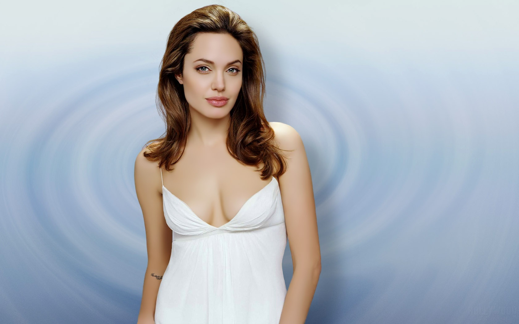 Lovely Angelina Jolie Wallpapers