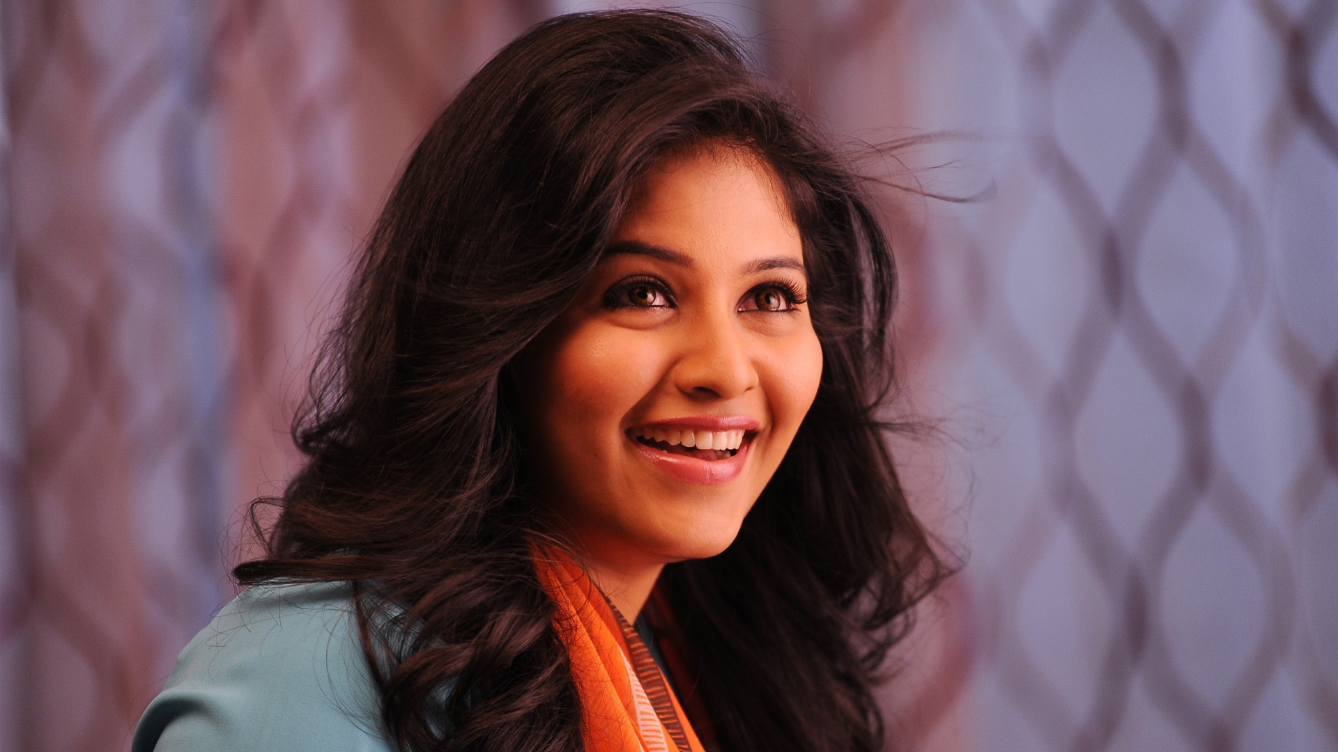 Anjali Telugu Heroine Wallpapers In Jpg Format For Free Download
