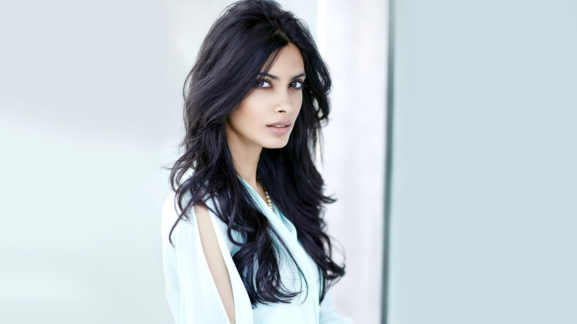 diana penty wallpapers in jpg format for free download