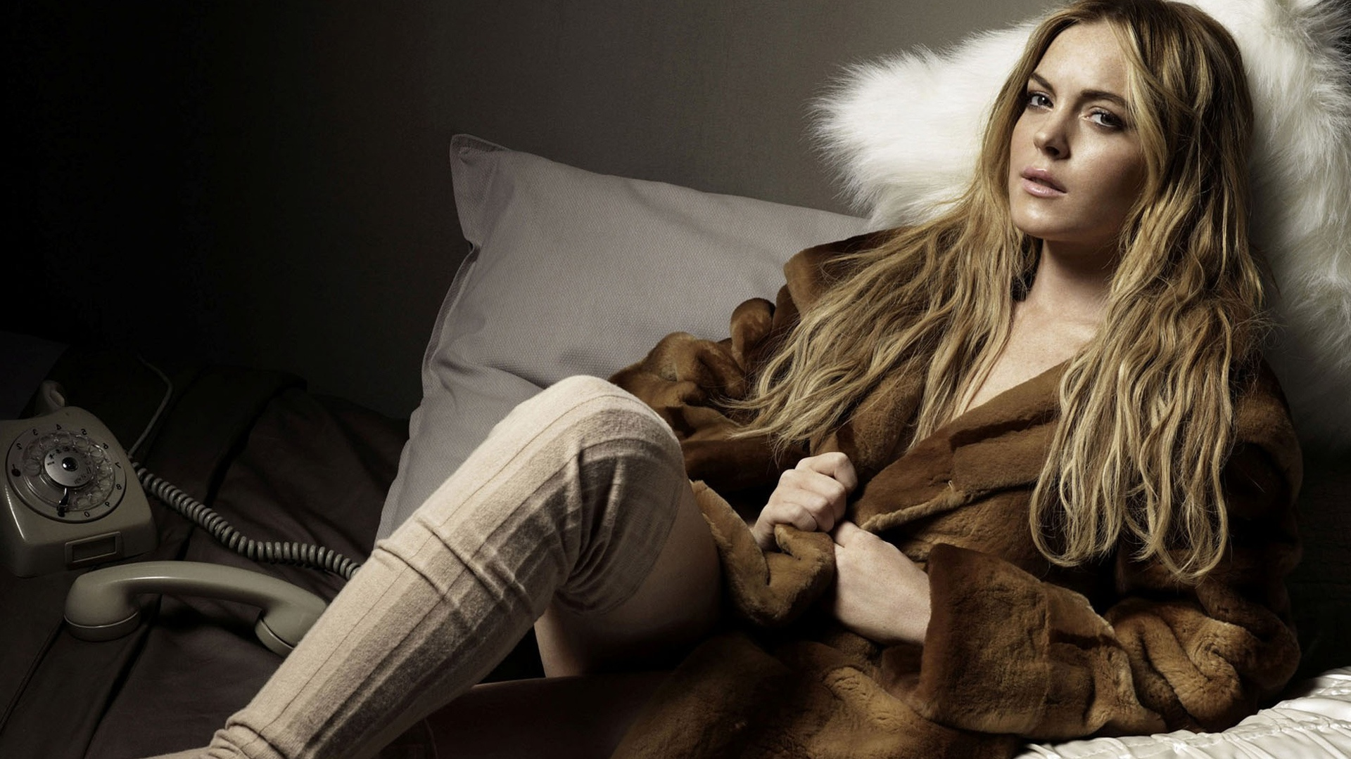 lindsay lohan wallpapers in jpg format for free download