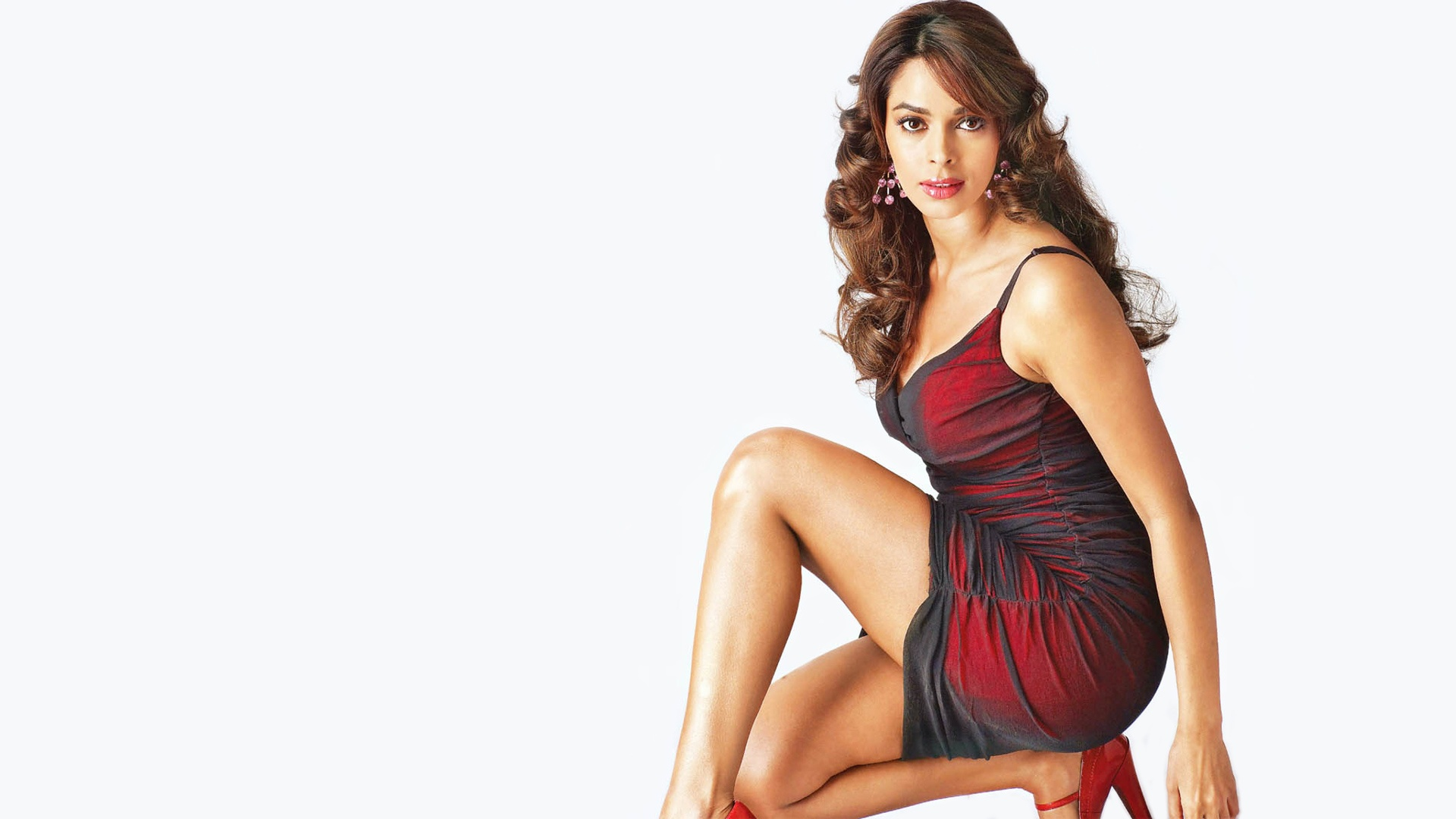 mallika sherawat hot bollywood actress wallpapers in jpg format for