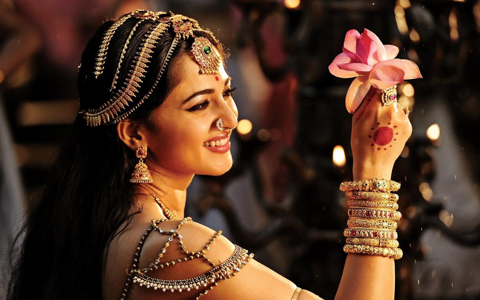 Rudramadevi full movie download 720p torrents by rieplatenper issuu.
