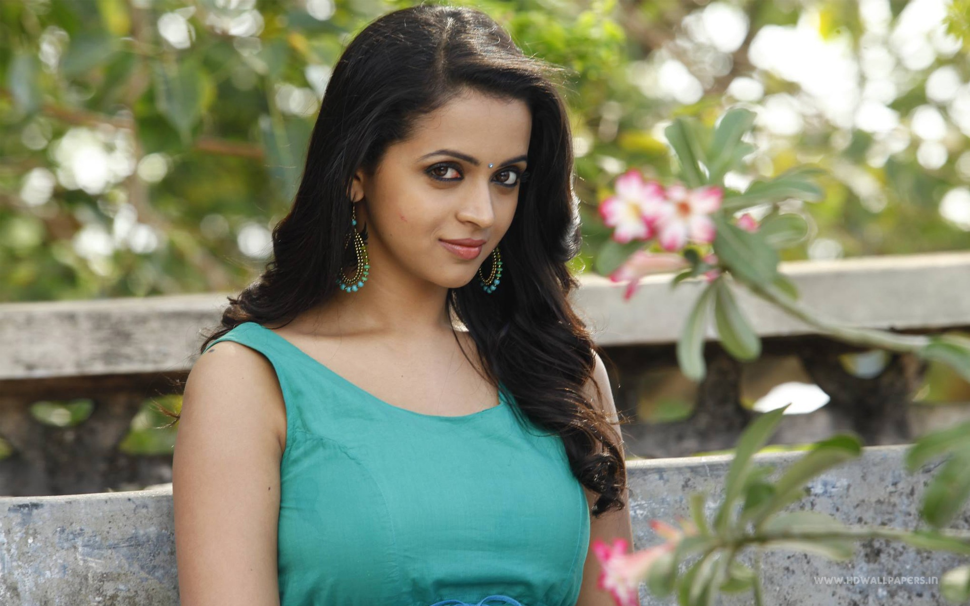 Bhavana Tamil Actress Wallpapers In Jpg Format For Free Download