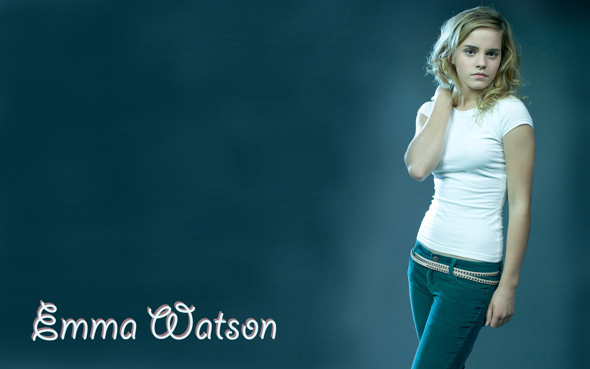 Emma Watson Beautiful In Jeans