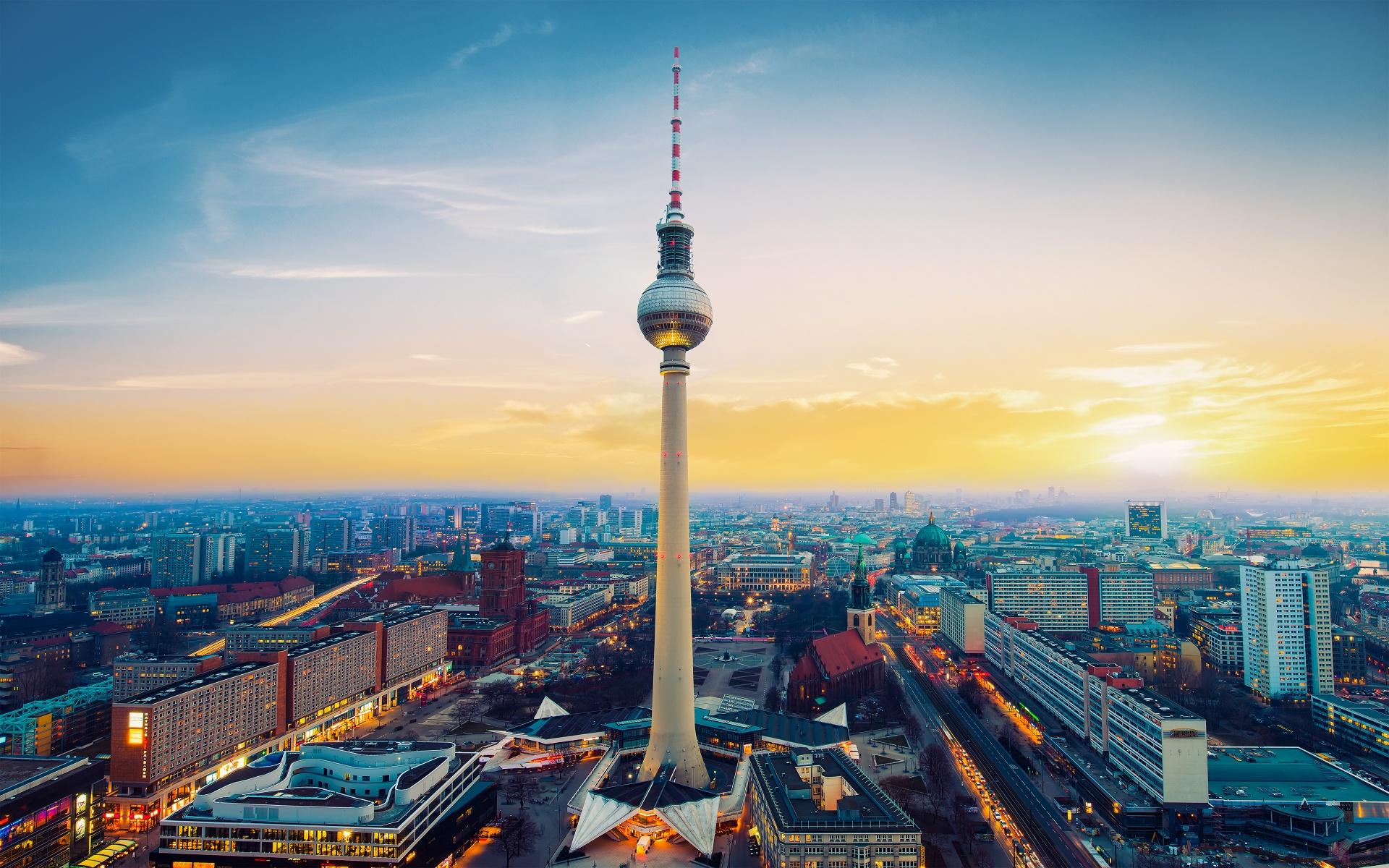 Fernsehturm Berlin Tv Tower Germany Wallpapers In Jpg Format For