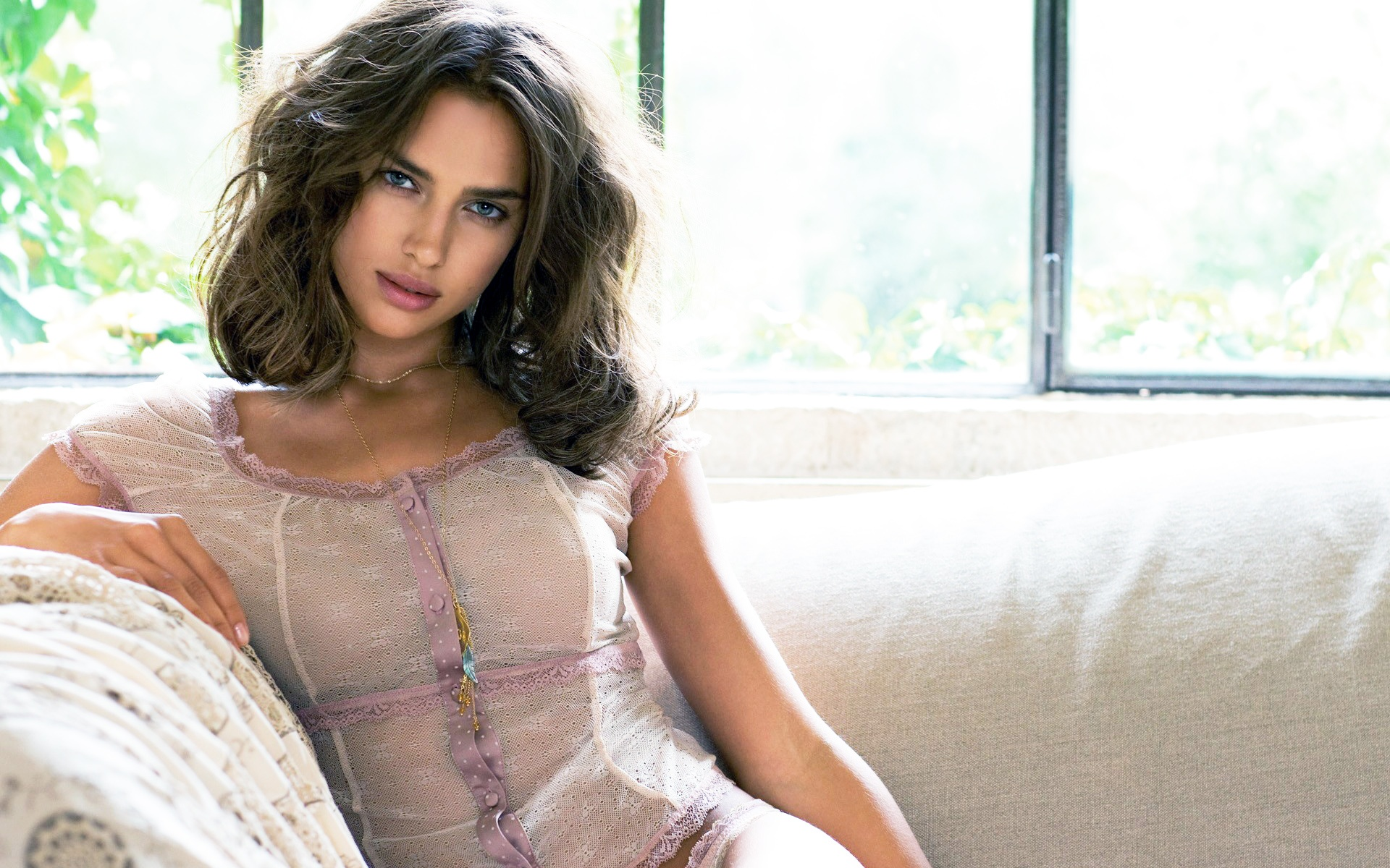 Irina Sheik has become the face of an advertising campaign of the