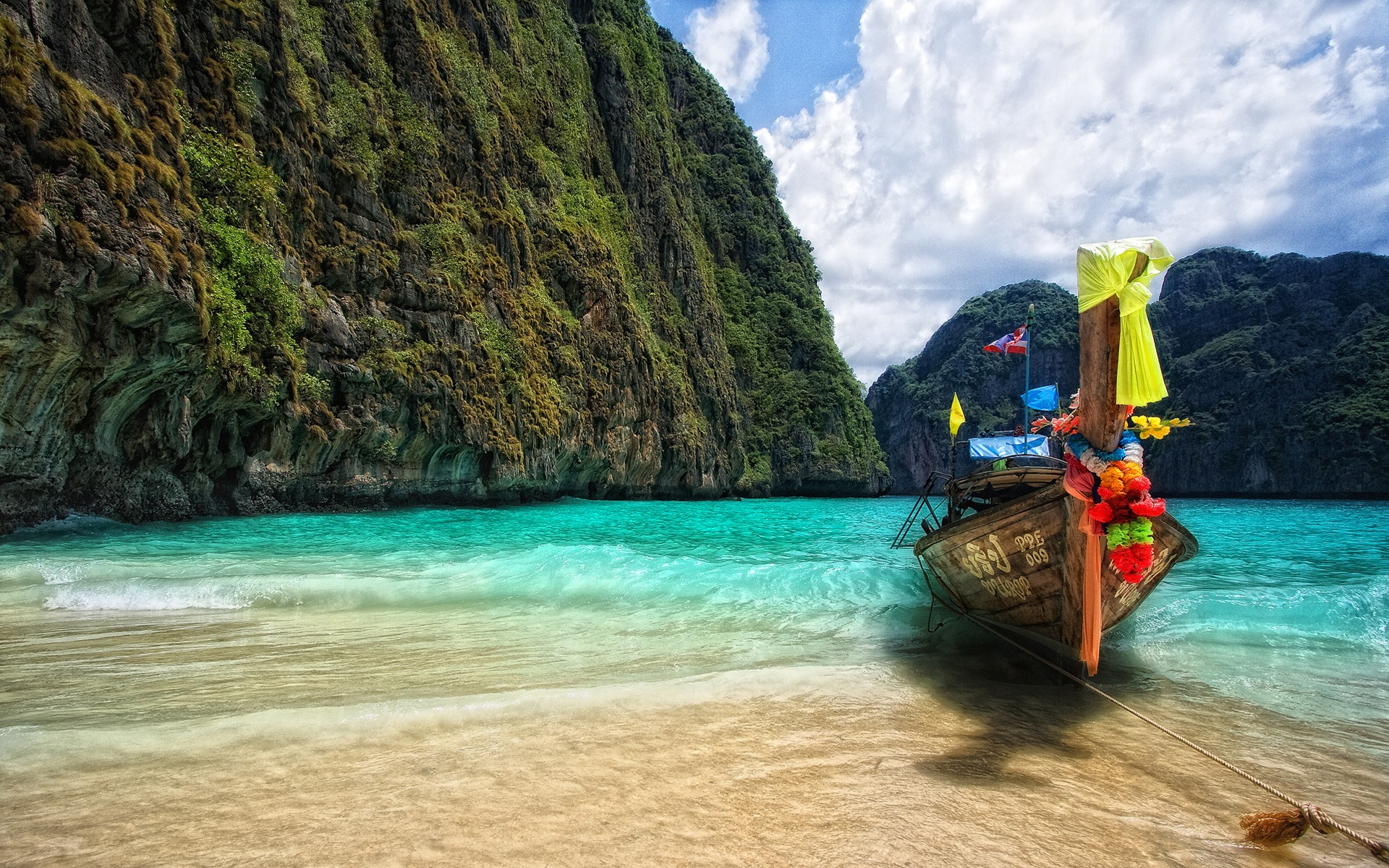 Amazing Blue Waters of Maya Bay, Koh Phi Phi, Phang Nga Bay ...