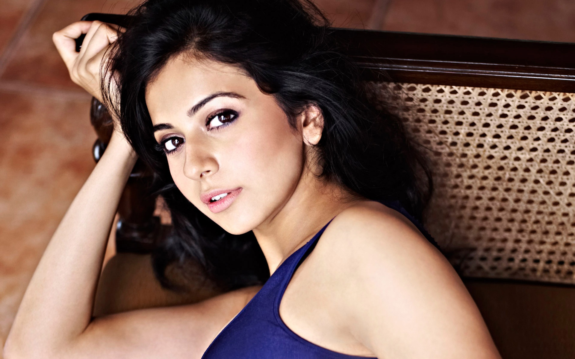 Indian female model wallpapers for free download about 1620 model rakul preet singh voltagebd Images