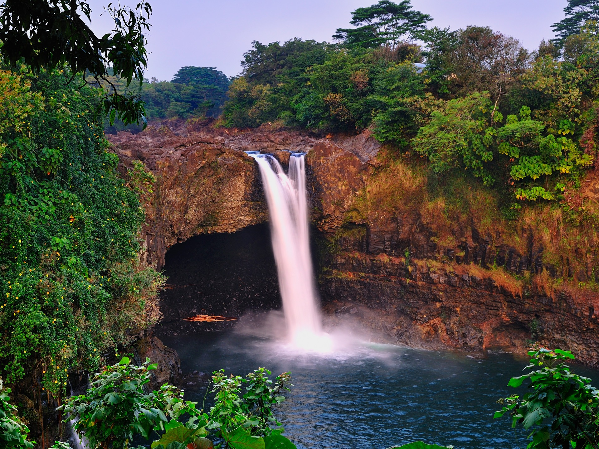 Rainbow falls wallpaper waterfalls nature wallpapers in jpg format 16001200 19201440 1280800 voltagebd Gallery