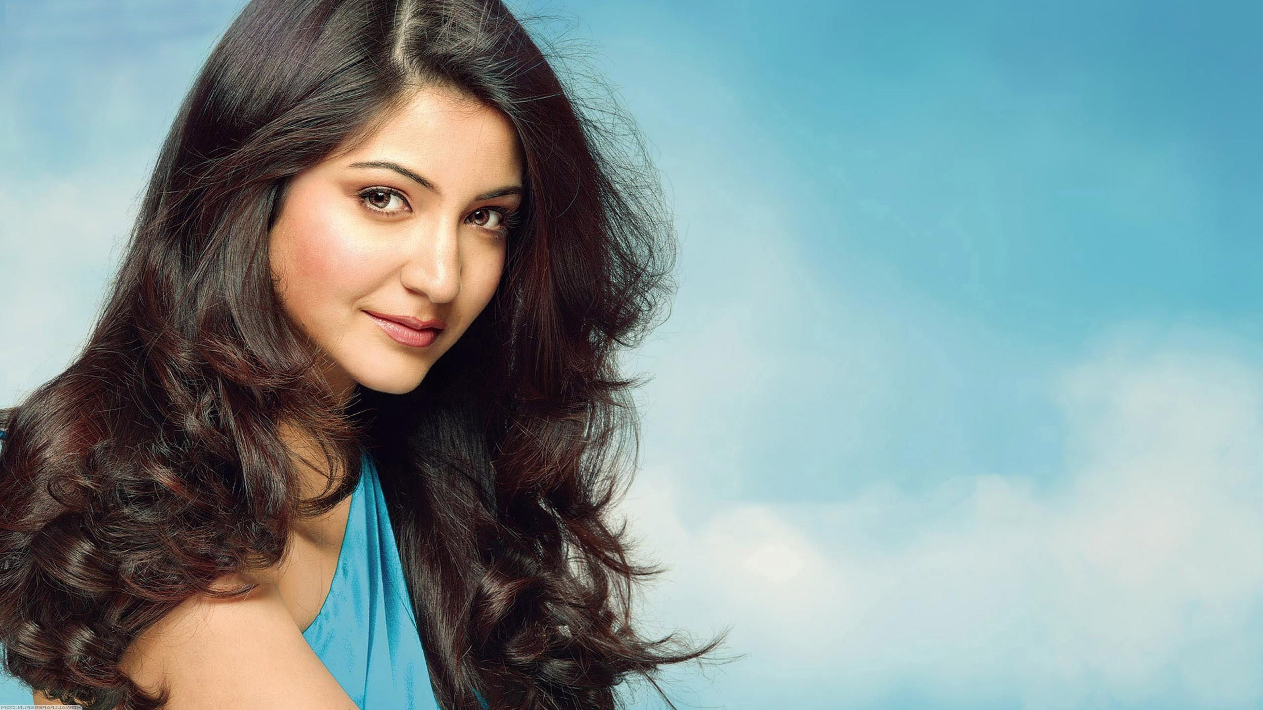 anushka sharma hd wallpapers in jpg format for free download