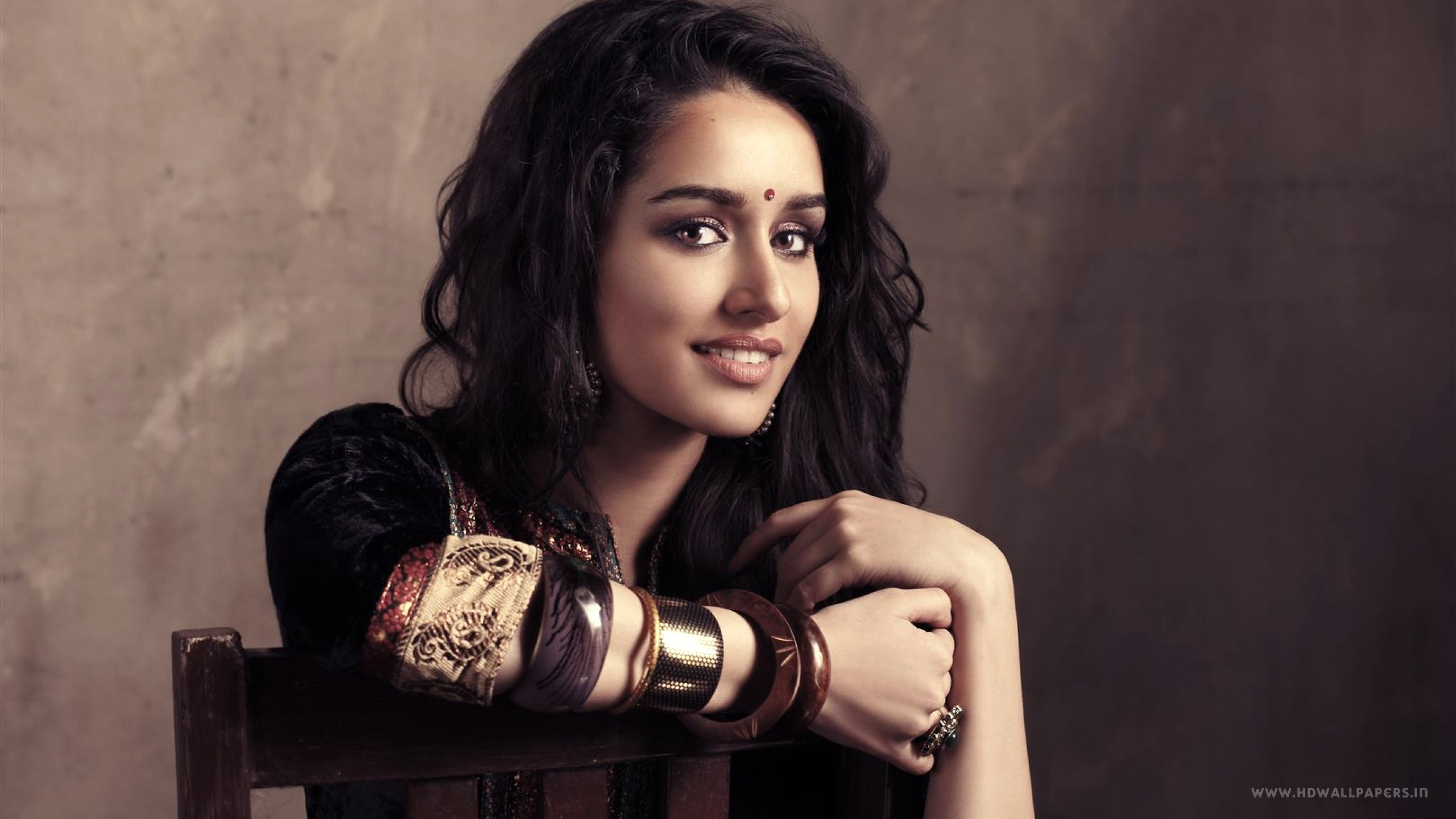 bollywood actress shraddha kapoor wallpapers in jpg format for free