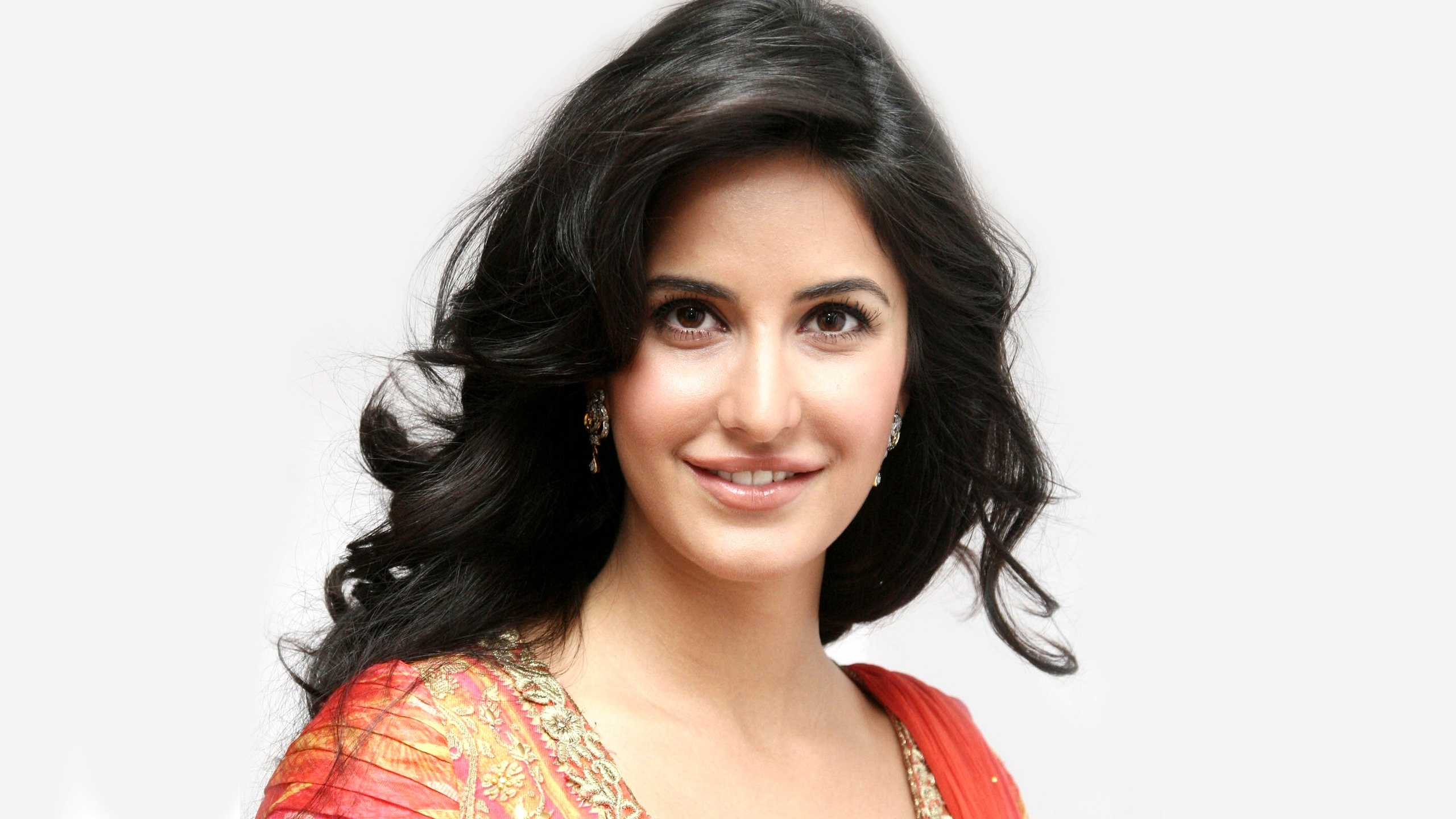 katrina kaif new 2010 wallpapers in jpg format for free download