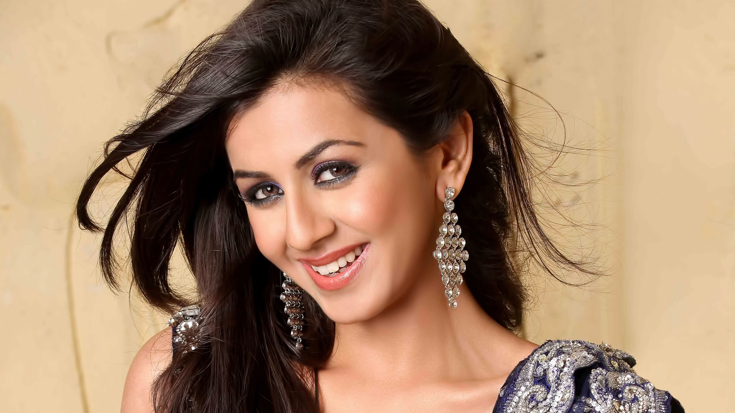 nikki galrani indian actress wallpapers in jpg format for free download