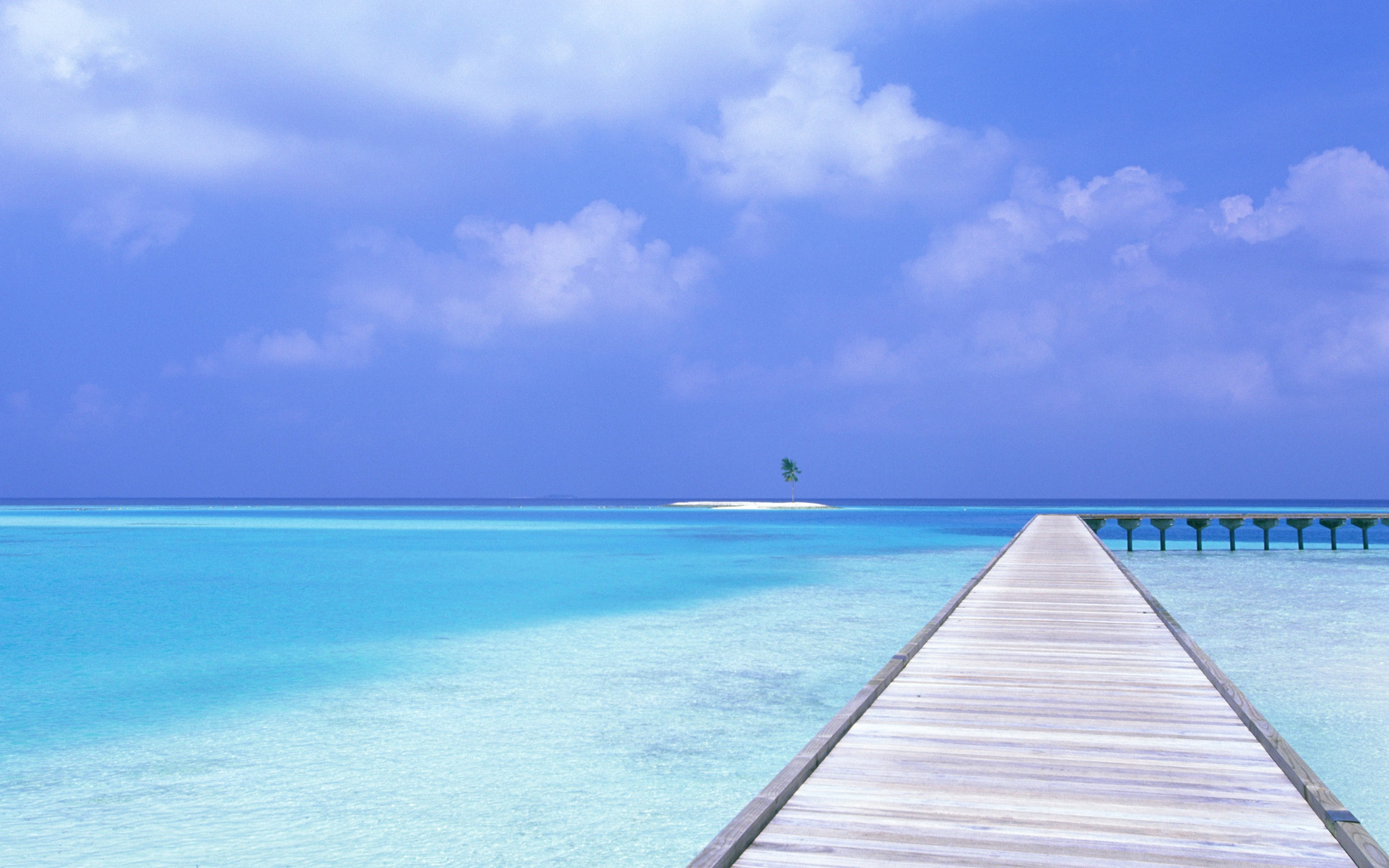 blue sky blue water wallpapers in jpg format for free download