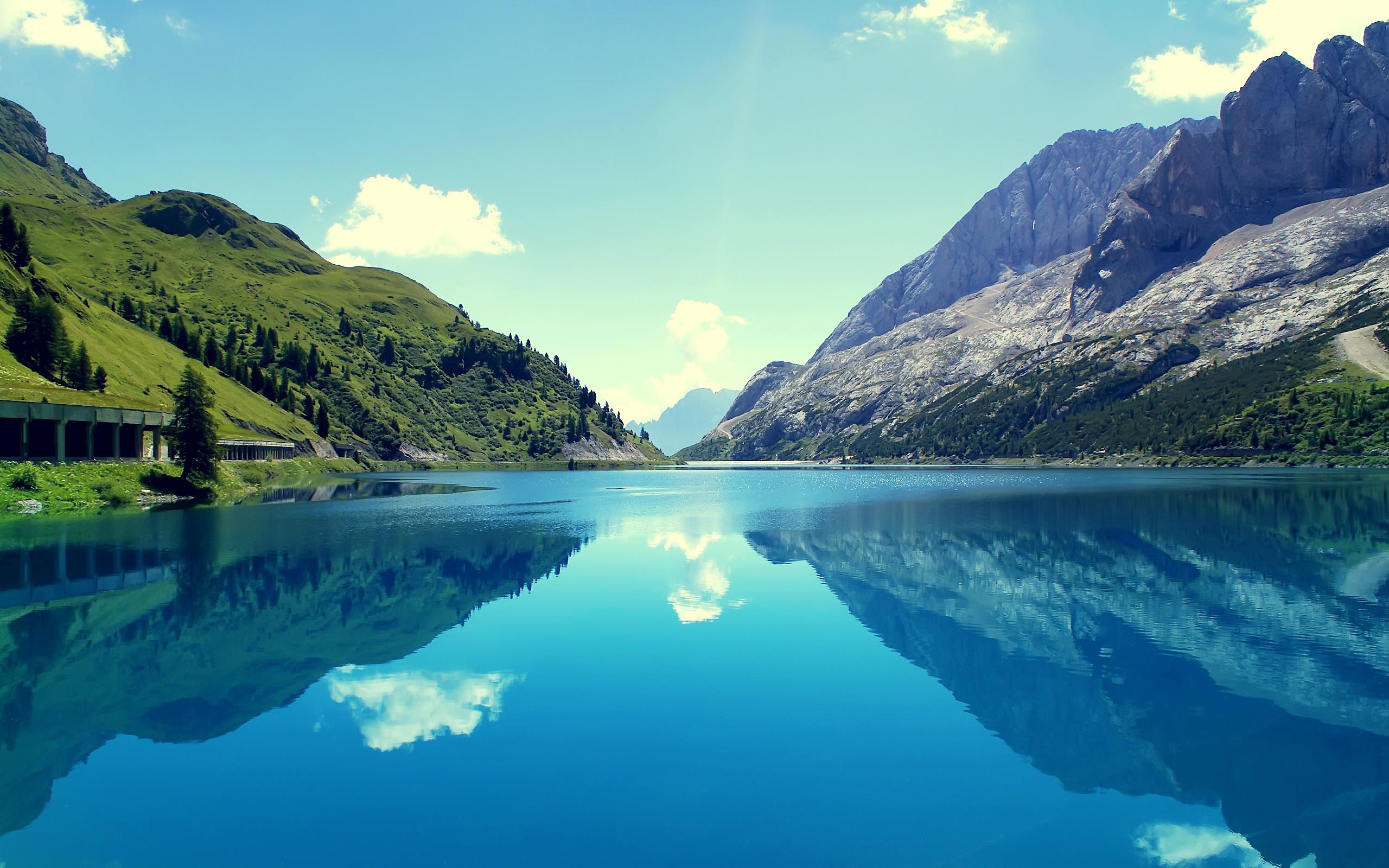 Beautiful Wallpaper Mountain Water - marmoleda_mountain_reflections_12186  Picture_99254.jpg