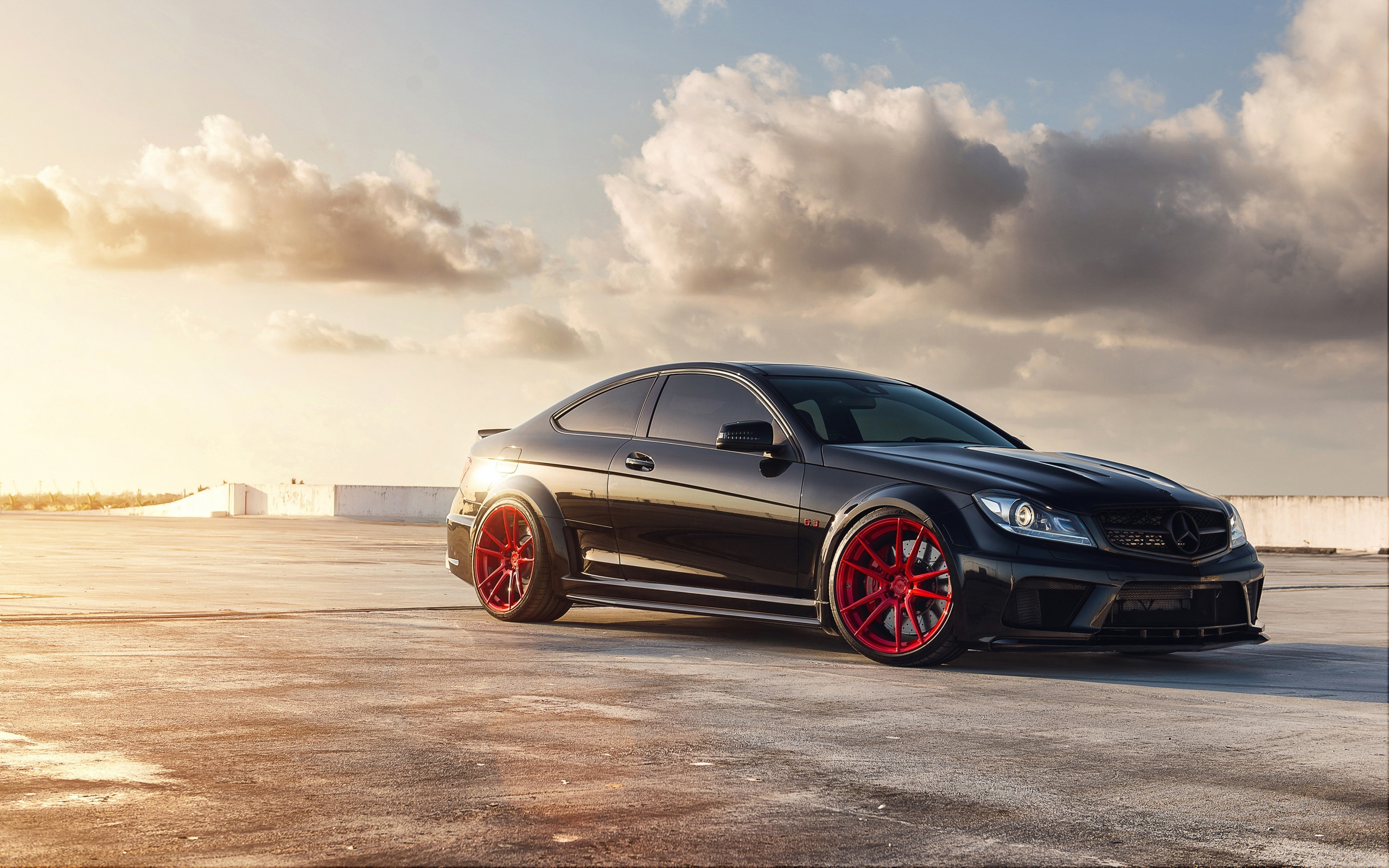 Mercedes Benz C63 AMG Wallpapers in format for free