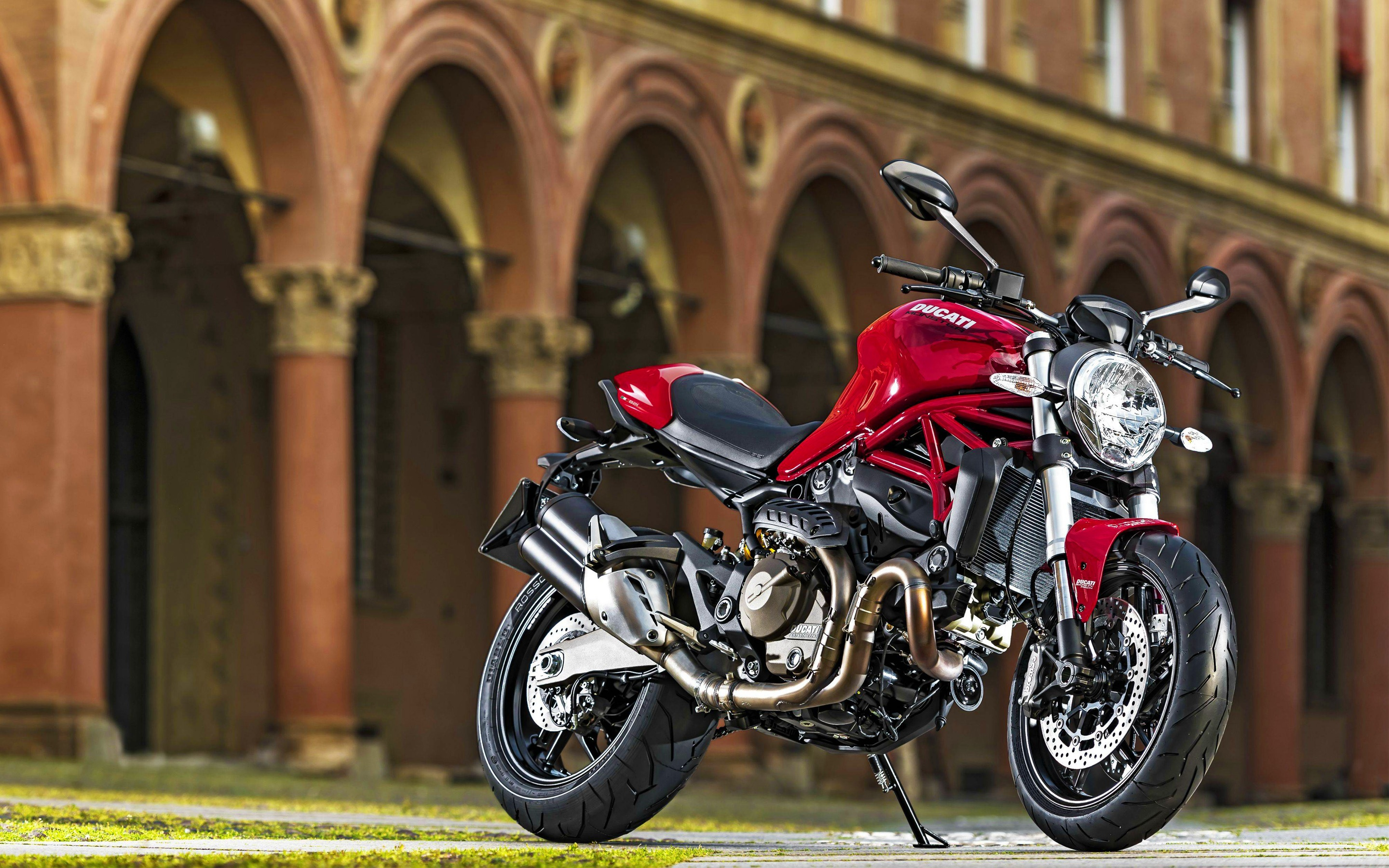 2015 Ducati Monster 821 Wallpapers