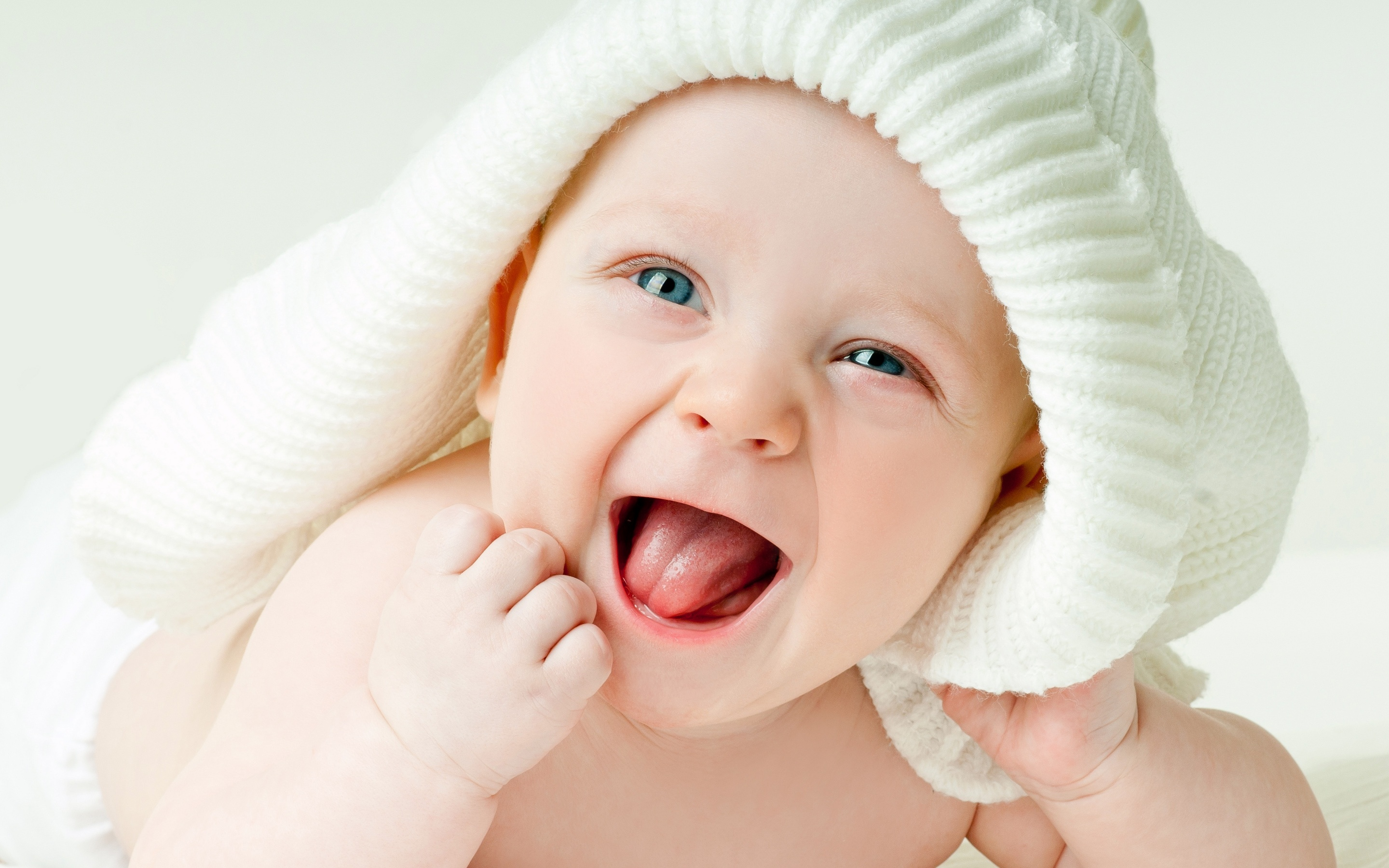 Cute Baby Boy Green Eyes Wallpapers In Jpg Format For Free Download