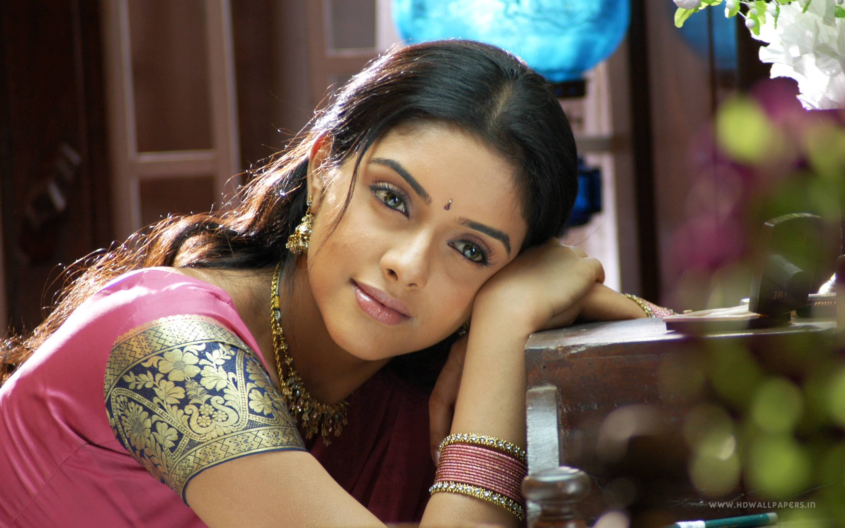 south actress asin wallpapers in jpg format for free download