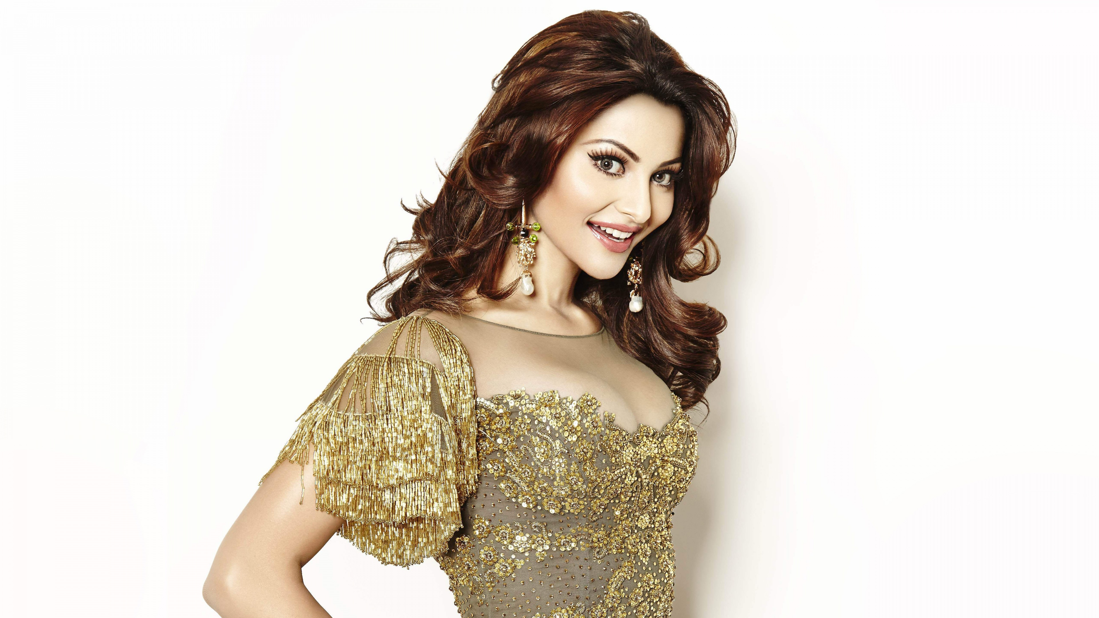 Actress Urvashi Rautela Wallpapers In Jpg Format For Free Download