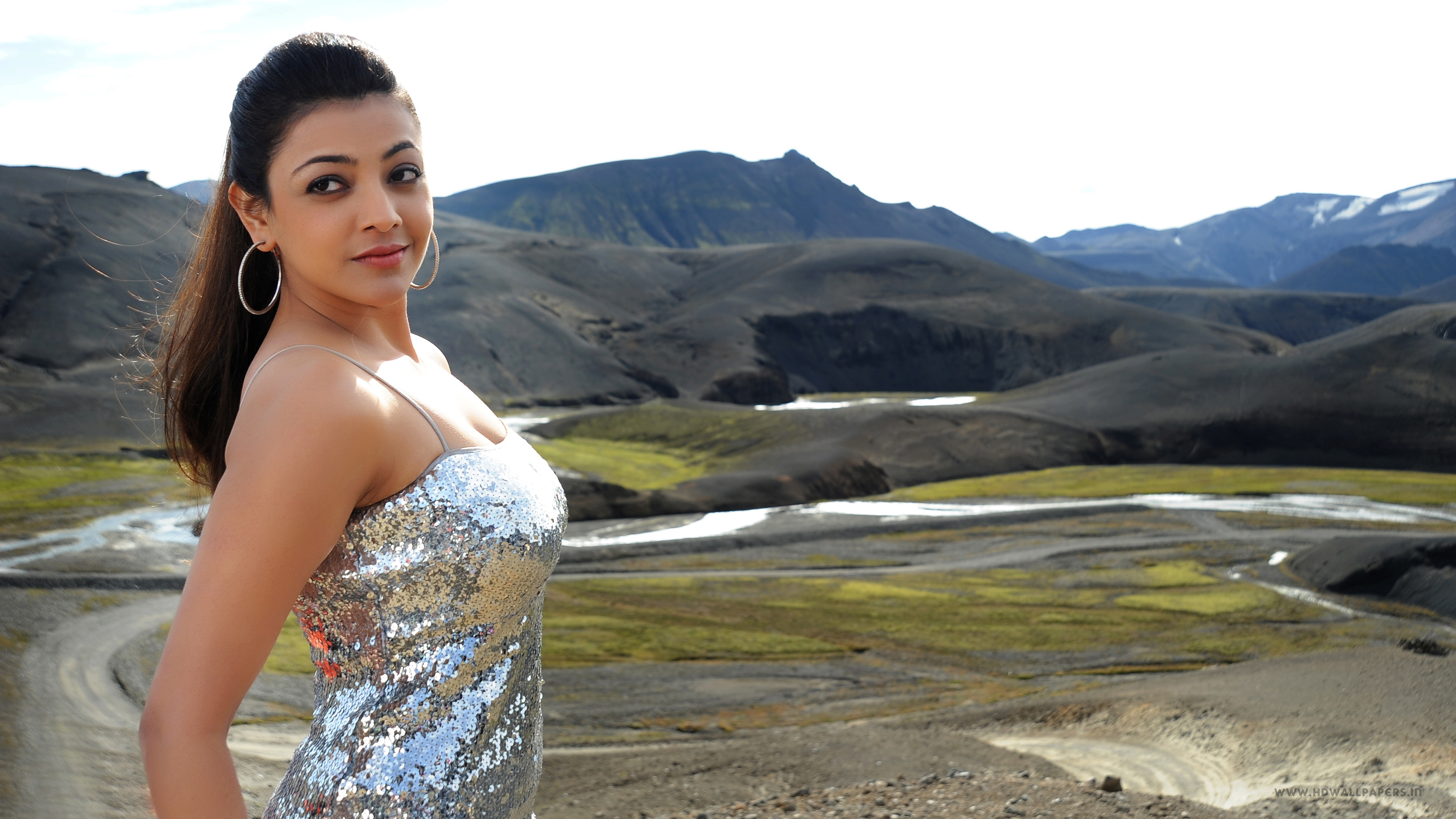 kajal agarwal hot wallpapers in jpg format for free download