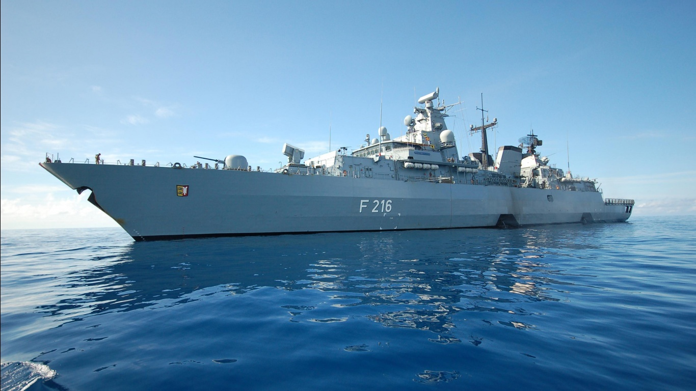 Navy Ships Pictures 25