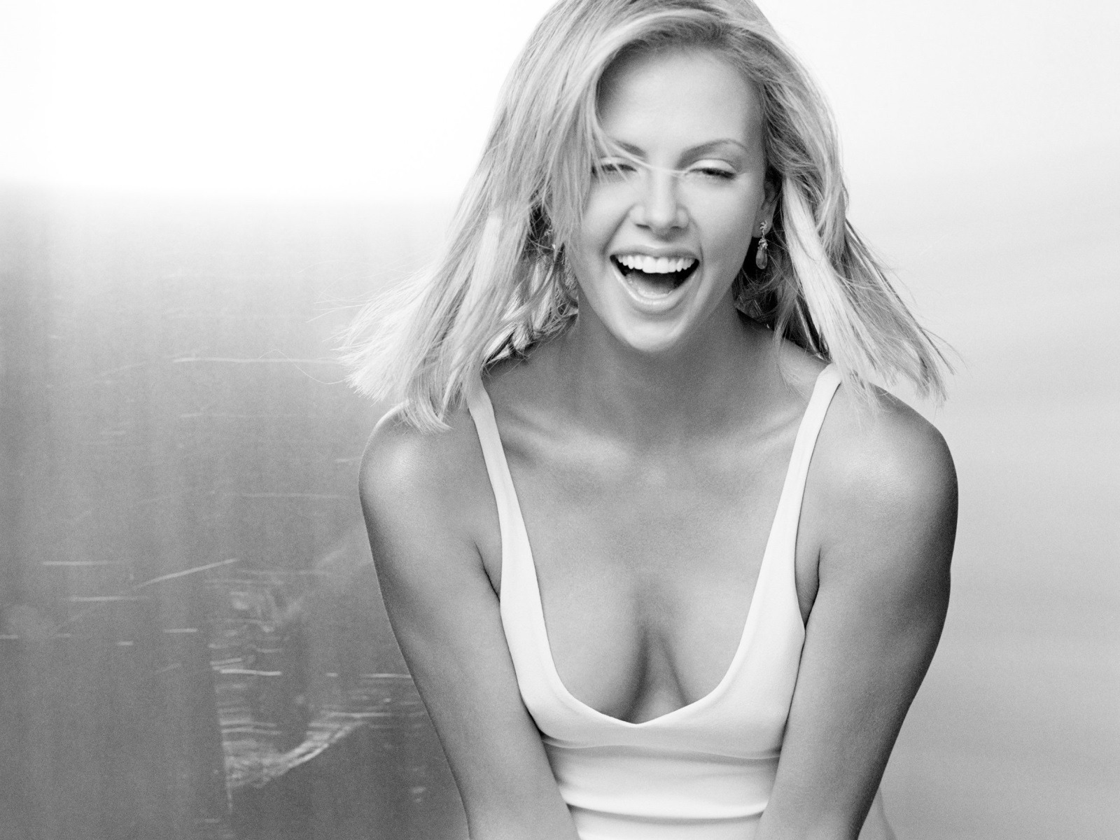 Charlize Theron Happy Wallpaper Charlize Theron Female