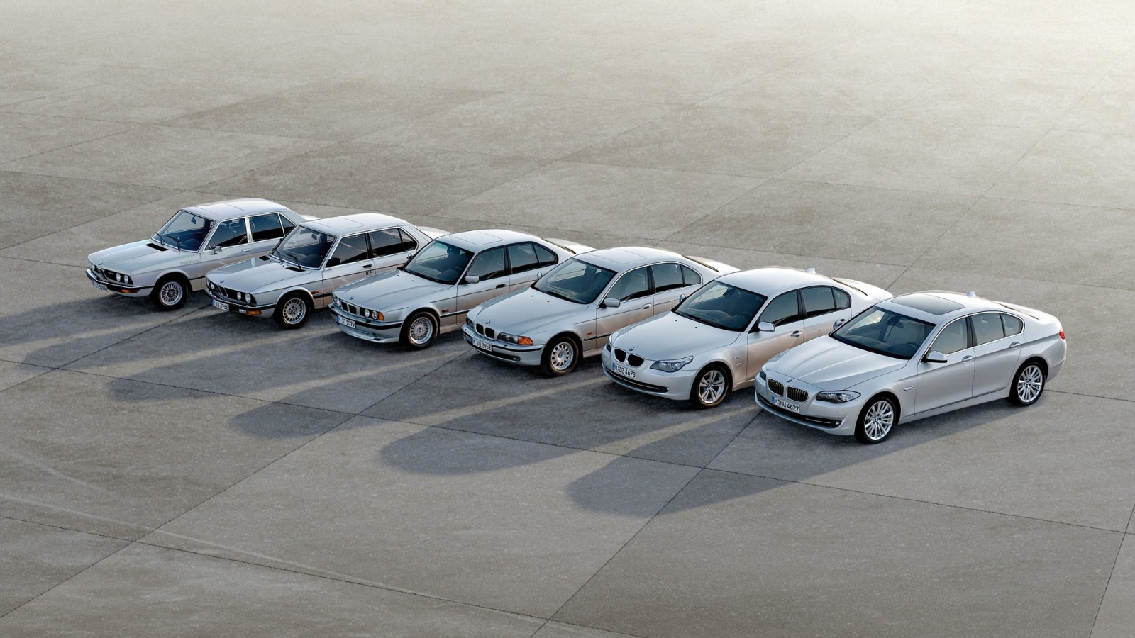 BMW 5 Series Wallpaper BMW Cars Wallpapers in jpg format ...