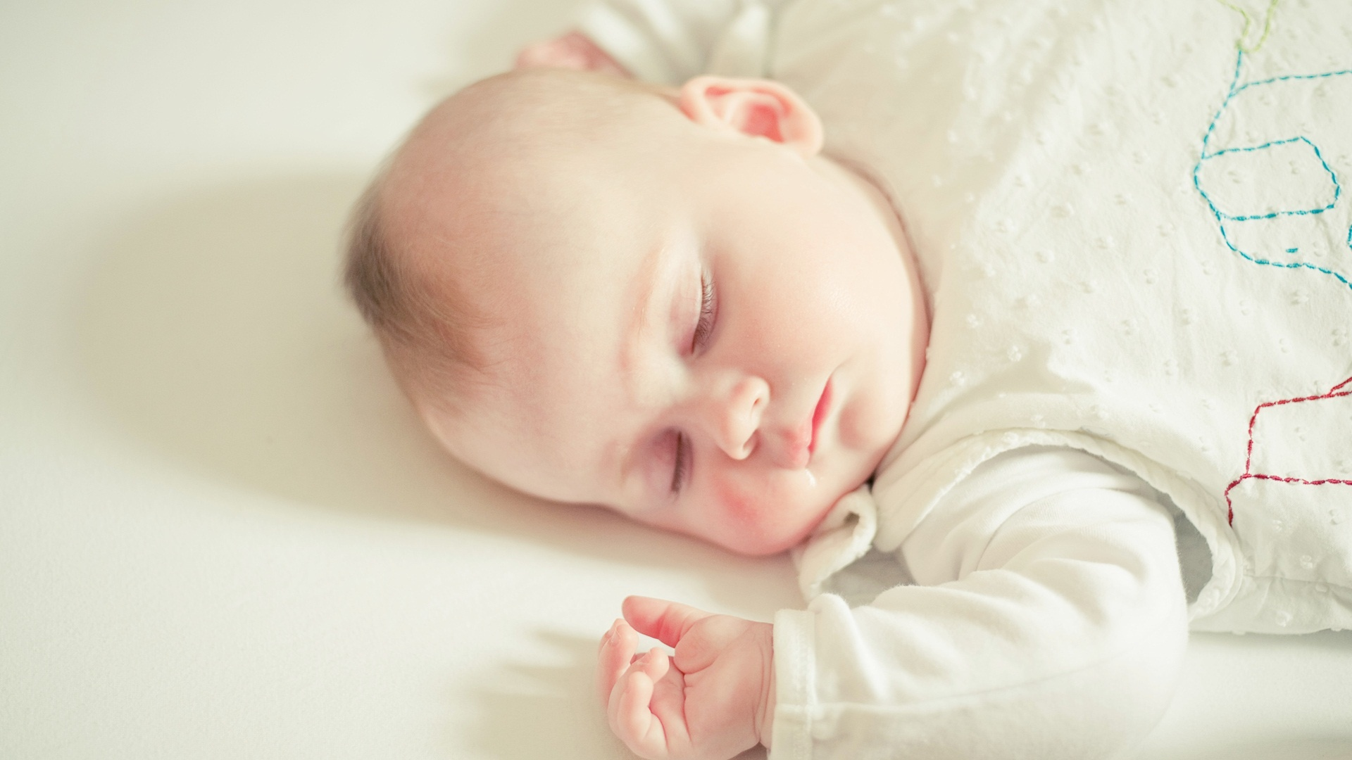 Cute Baby Wallpapers Free Download: Cute Sleeping Baby Wallpapers In Jpg Format For Free Download